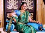 புடவை, ஹேர்ஸ்டைல், ராணி கெட்டப்... தமிழ் ஹீரோயின்களில் யாருக்கு பொருத்தம்? #CinemaSurvey