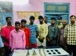 பிளான் பண்ணி கொள்ளையடித்துவிட்டு நாடகமாடிய ஊழியர்கள் - 12 மணி நேரத்தில் சிக்கினர்