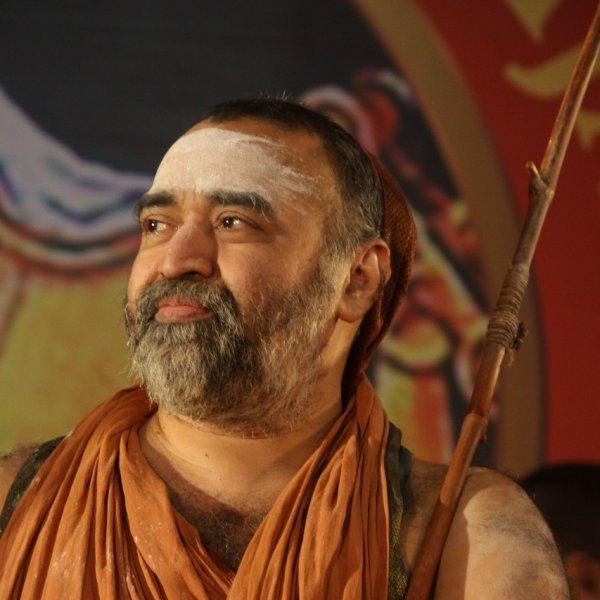 காஞ்சி காமகோடி பீடத்தின் 70-வது பீடாதிபதியானார் ஶ்ரீவிஜயேந்திர ஸ்வாமிகள்!
