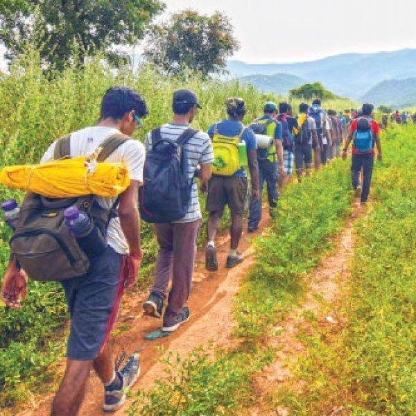 ட்ரெக்கிங் செல்பவர்களுக்குத் தேவையான உடல் தகுதிகள் என்னென்ன? #KurnganiForestFire