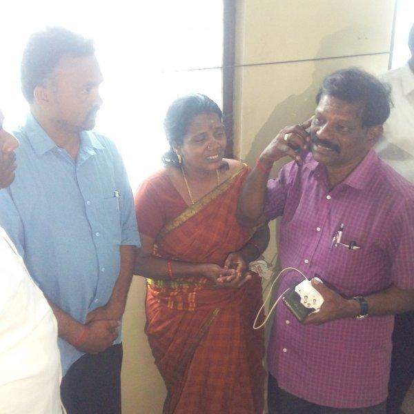ஜெய்ஸ்ரீ-யின் பெற்றோருக்கு போனில் ஆறுதல் கூறிய கமல்! #KuranganiForestFire