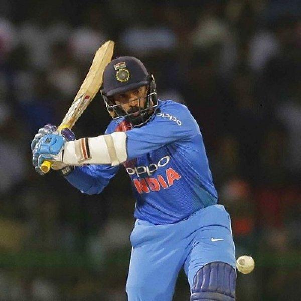 தினேஷ் கார்த்திக், எட்டு பந்தில் 29 ரன்கள்... கடைசி பந்தில் ஃபிளாட் சிக்ஸர்..! #INDvBAN