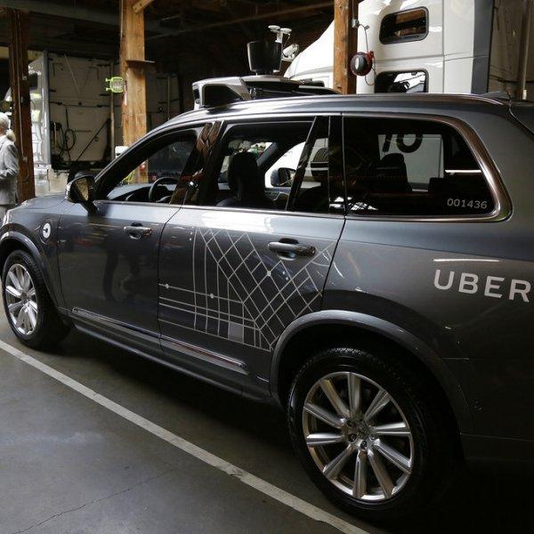 தானியங்கி கார் மோதி ஒருவர் பலி... விபத்தை உண்டாக்கியது யார்?  #DriverlessCars