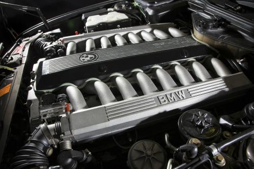 W16 cylinder engine