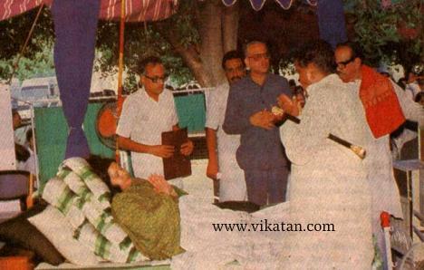 ஜெயலலிதா உண்ணாவிரதம்