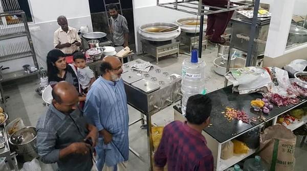கேரள அமைச்சர் தாமஸ் ஐசக்