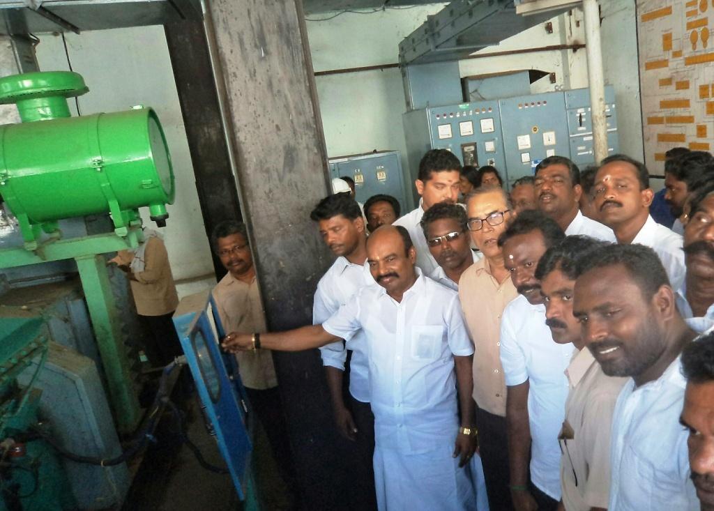 மணவாள குறிச்சி மணல் ஆலையை மீண்டும் இயக்கி வைத்த நாடாளுமன்ற உறுப்பினர் விஜயகுமார்