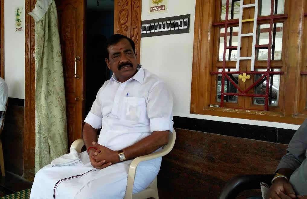 அரசு கொறடா ராஜேந்திரன்