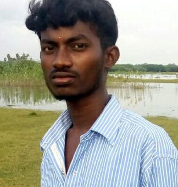 கல்லூரி மாணவர்