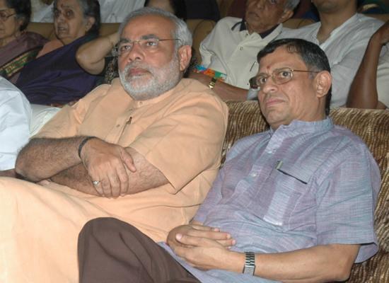 மோடி குருமூர்த்தி