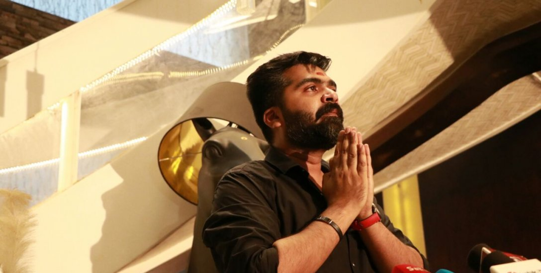 சி.எஸ்.கே. கேப்டன் தோனிக்கு நடிகர் சிம்பு வைத்த கோரிக்கை!  #WewantCMB