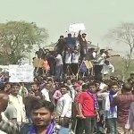 `அரசு அதிகாரிகளைக் காப்பாற்றும் உச்ச நீதிமன்றத்தின் தடை!' - நாடு முழுவதும் வெடித்த பட்டியலின மக்களின் போராட்டம் #BharatBandh