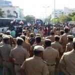 பாரதிராஜா, சீமான், கருணாஸ் உள்ளிட்டவர்கள் கைது..! உச்சகட்ட பதற்றத்தில் சேப்பாக்கம் #liveupdate