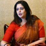 `கர்நாடகத் தேர்தலை மையமாக வைத்தே மத்திய அரசு செயல்படுகிறது' - நக்மா குற்றச்சாட்டு