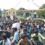 `ஜல்லிக்கட்டுப் போராட்டம்போல விரிவுபடுத்துவோம்!' - எச்சரிக்கும் மாணவர்கள்! #BanSterlite