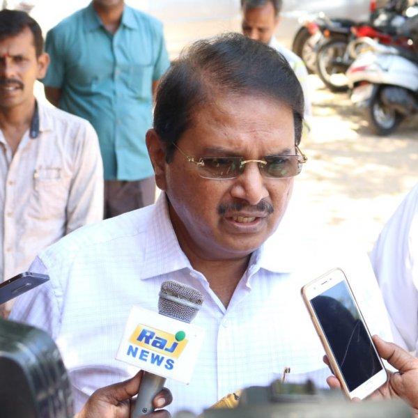 அமைச்சர்கள், ஜெயலலிதாவைப் பார்த்ததாக நான் கூறவில்லை..! ராம மோகன ராவ் விளக்கம்