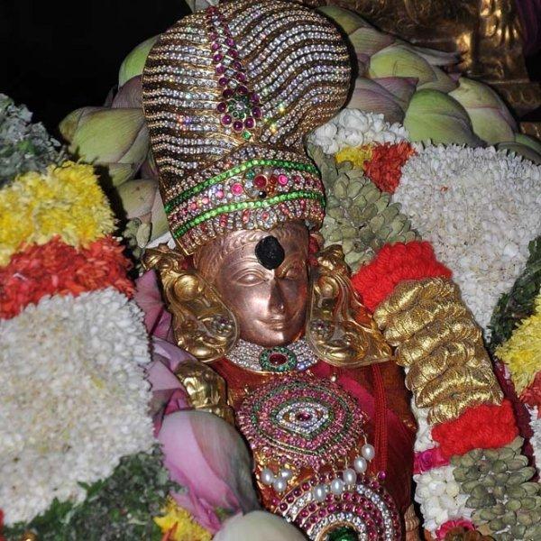 மதுரை மீனாட்சிக்கு பட்டாபிஷேக வைபவம் நடப்பது ஏன்? #ChithiraiFestival