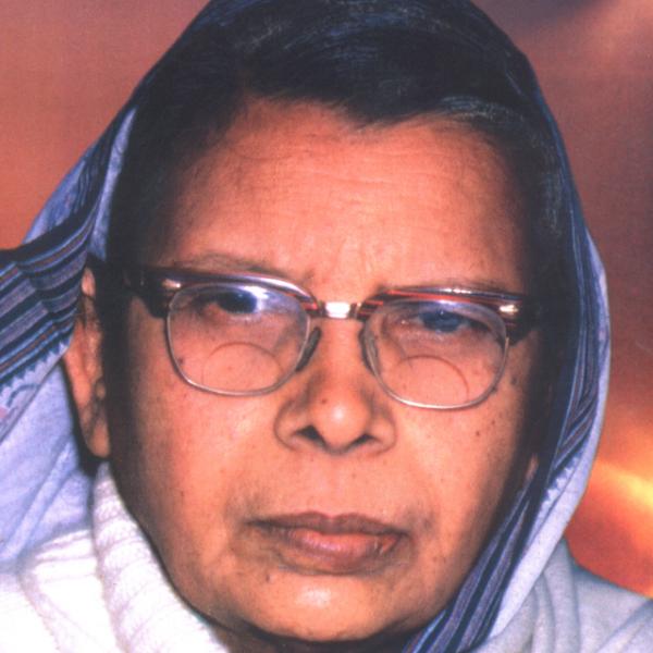 'கூகுள் டூடில் கொண்டாடுகின்ற மஹாதேவி வர்மா யாரென்று தெரியுமா..?' #MahadeviVarma