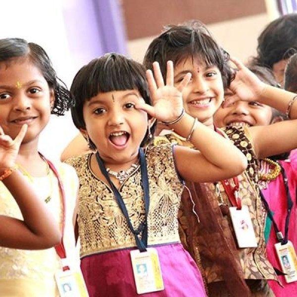 பர்ஃபெக்ட் பெற்றோர்களால் பிள்ளைகளுக்கு அதிகம் கிடைப்பது நன்மைகளா... தீமைகளா? #GoodParenting