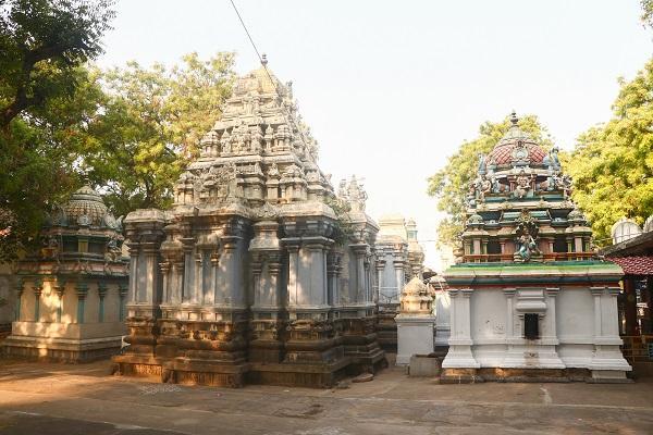 தருமபுரி கோட்டைக் கோயில்