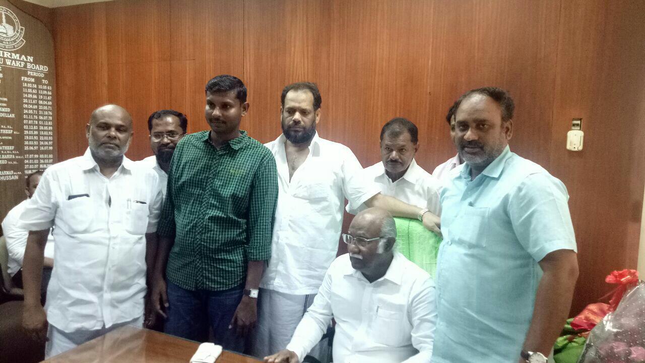 வக்பு வாரிய தலைவர் அன்வர்ராஜா