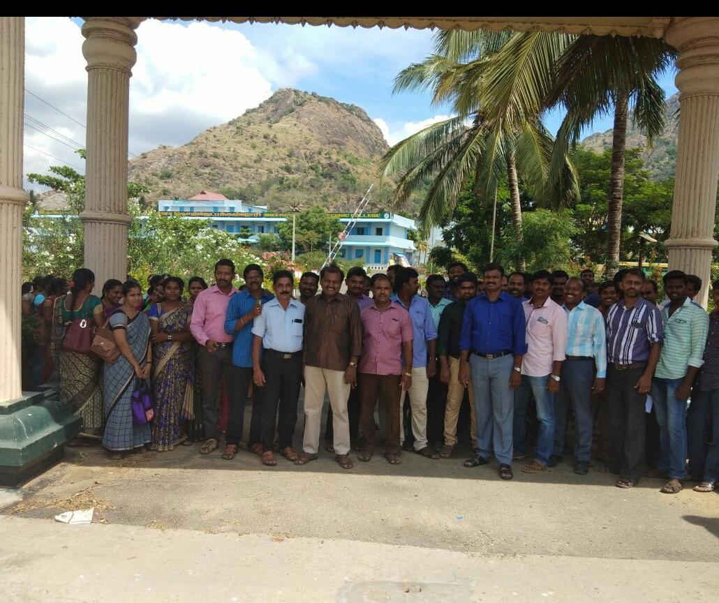 தொழில்நுட்பக் கல்லூரி விரிவுரையாளர்கள் விடைத்தாள் திருத்தும்பணி புறக்கணிப்பு