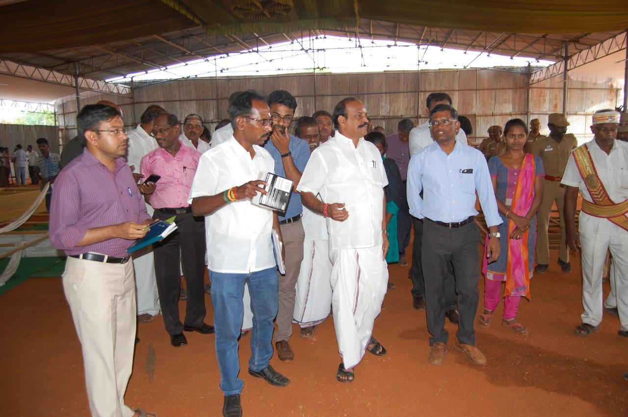 கடம்பூர் ராஜூ