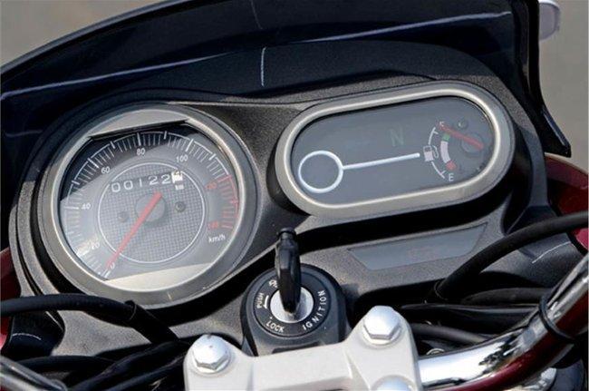 V12 Speedometer