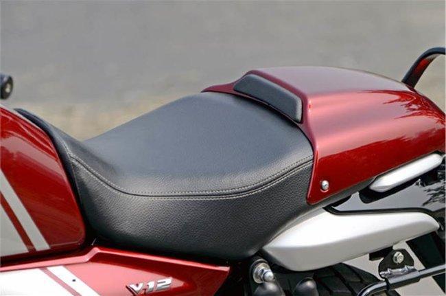 V12 Seat