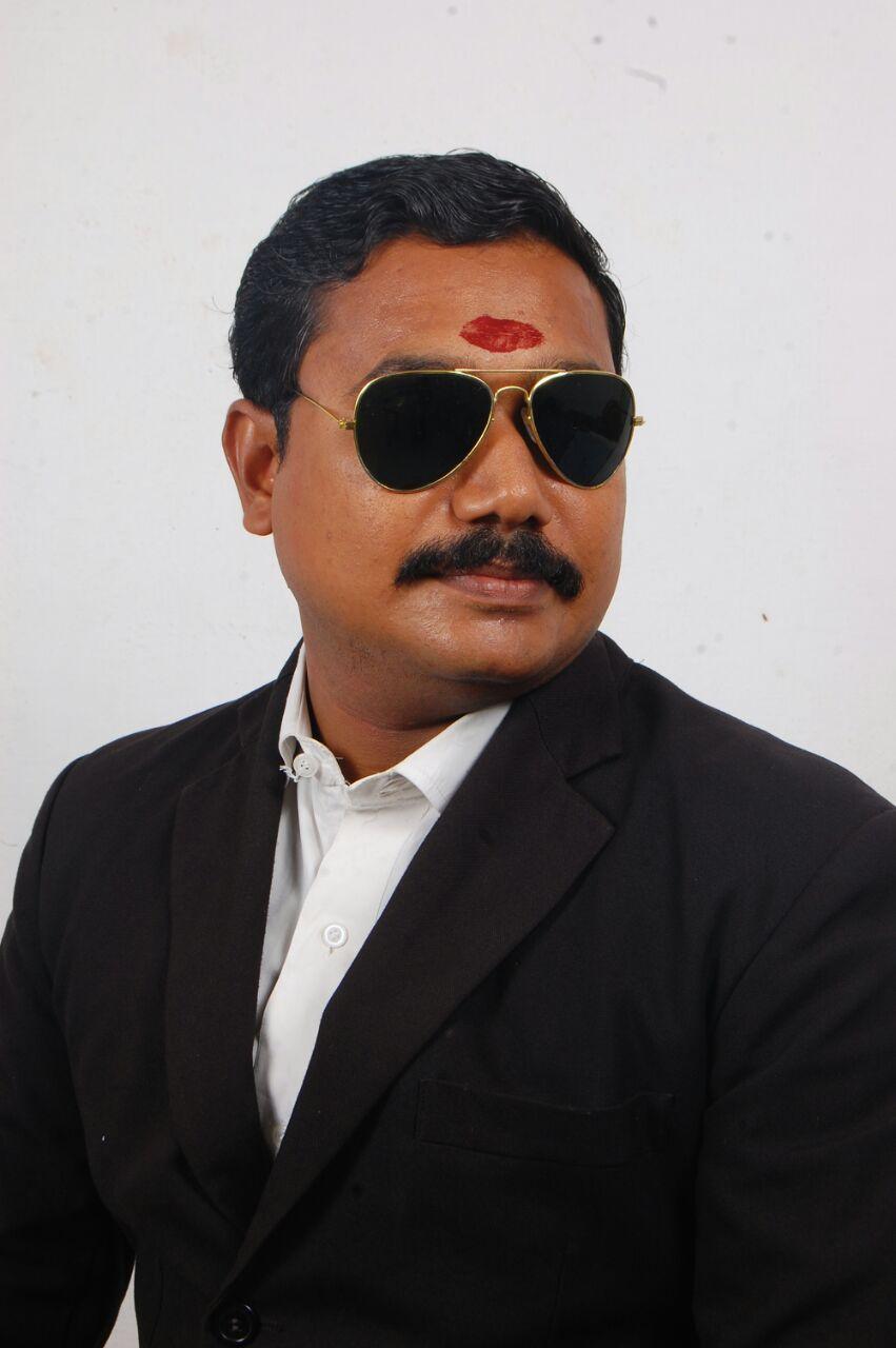 கமிஷனரிடம் புகார்