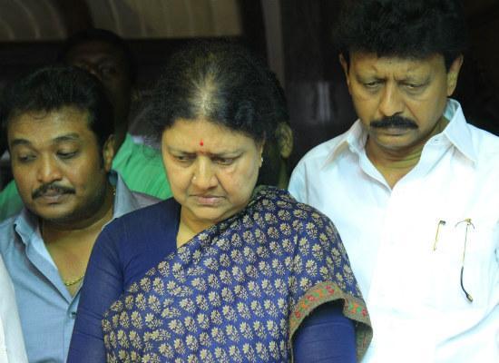 சசிகலா, திவாகரன்