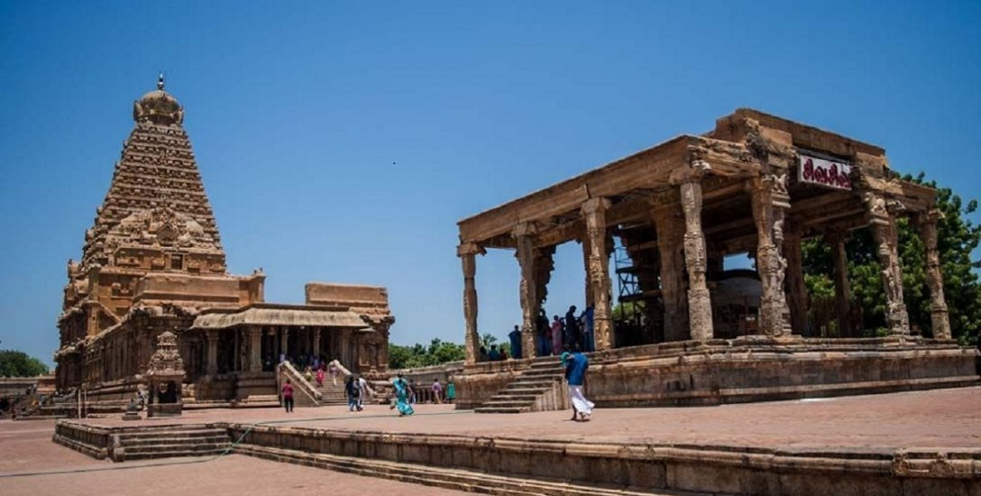 மீட்கப்பட்ட ராஜராஜன், உலகமாதேவி திருமேனிகள்...காணாமல் போன 66-க்கும் மேற்பட்ட சிலைகளை மீட்பது எப்போது ?