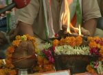 கர்நாடகத் தேர்தலில் கடும் போட்டி..! கோயில் பூஜைகளில் குவிந்த தொண்டர்கள் #KarnatakaVerdict