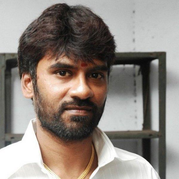 ராக்கெட் ராஜா கூட்டாளிகள் 4 பேர் குண்டர் தடுப்புச் சட்டத்தில் கைது!