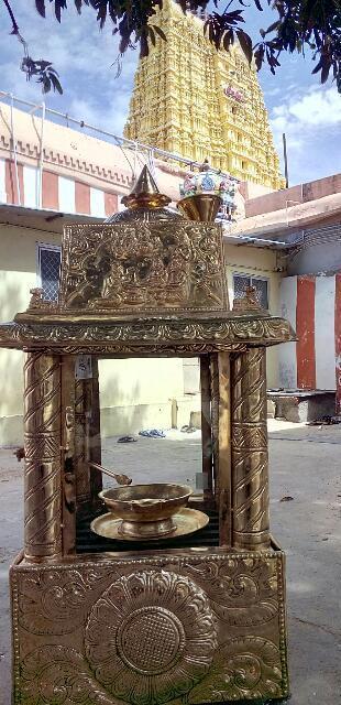 ராமேஸ்வரம் கோயிலில் அமைக்கப்பட்டுள்ள் அணையா விளக்கு