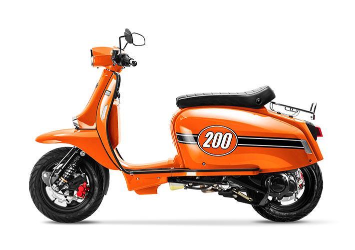TT 200