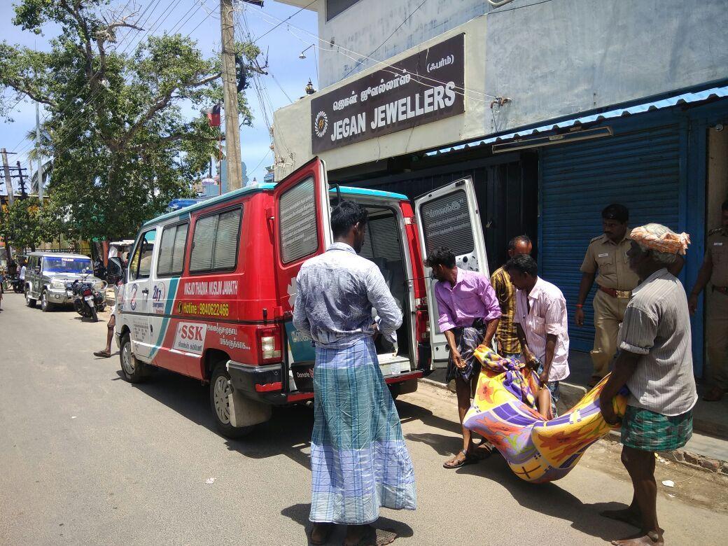 ராமேஸ்வரத்தில் தற்கொலை செய்து கொண்டவர்களின் உடல்கள்