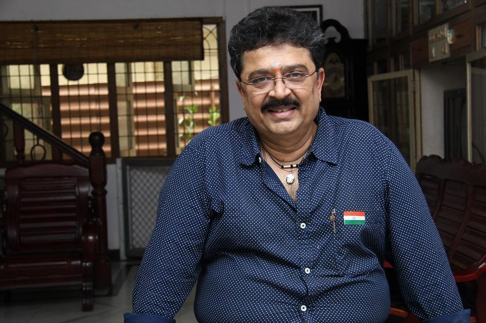 எஸ்.வி.சேகருக்கு சம்மன்