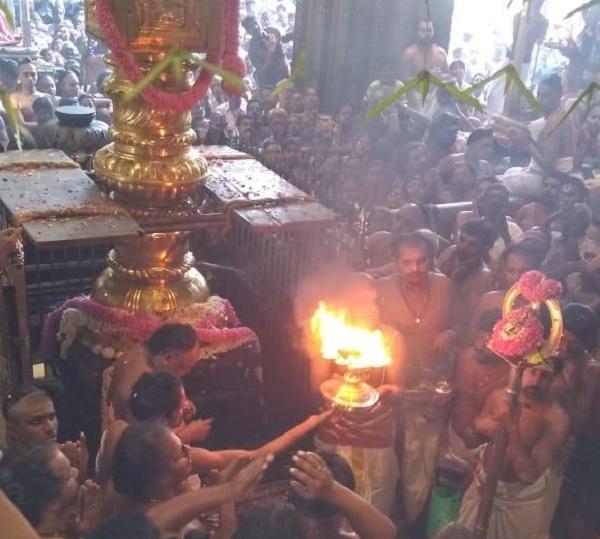 கொடியேற்றத்துடன் தொடங்கியது சிதம்பரம் நடராஜர் கோயில் ஆனித் திருவிழா Temple_09514