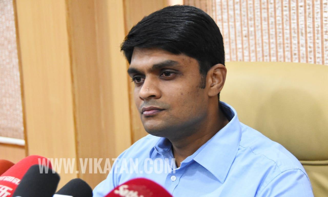 மாவட்ட ஆட்சியர் சந்தீப் நந்தூரி