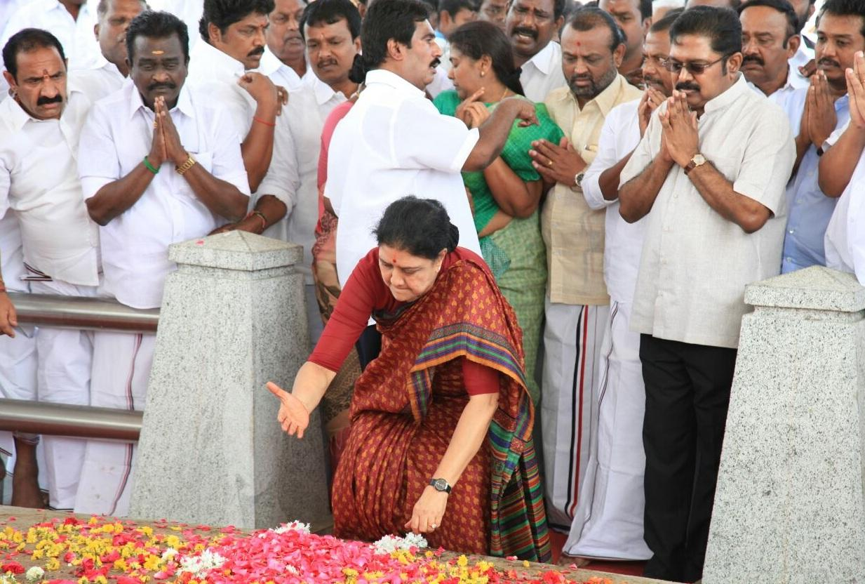 சசிகலா சத்தியம்