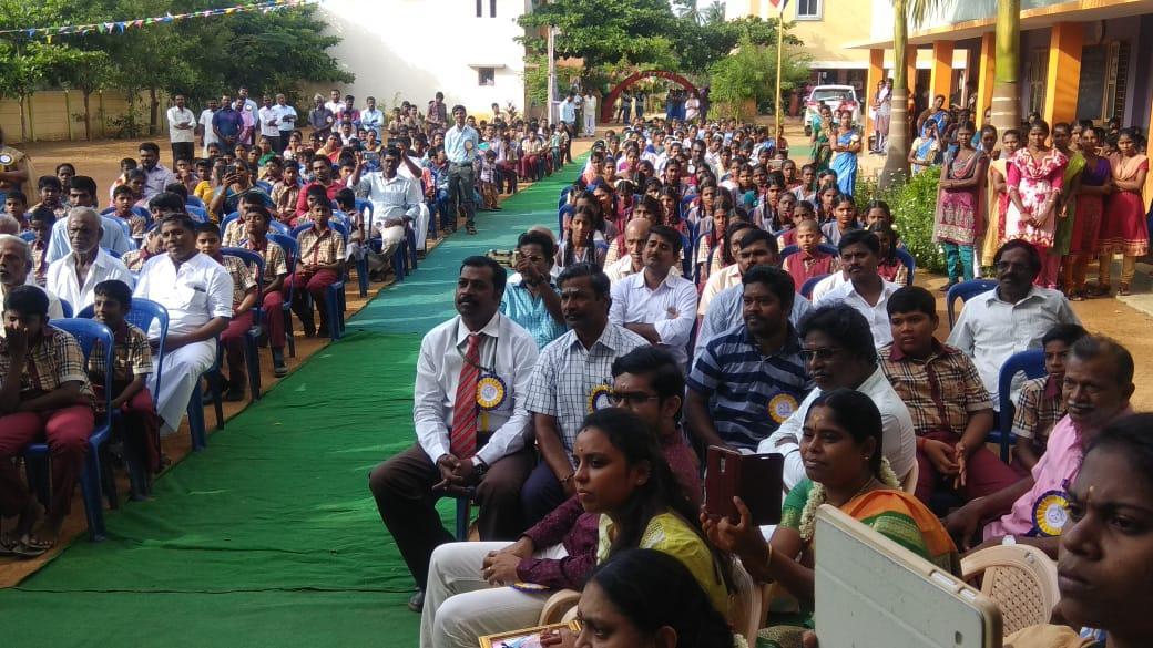 அன்னை தெரசா பள்ளியில் மாணவர்களுடன் கலந்துரையாடல் நிகழ்ச்சி