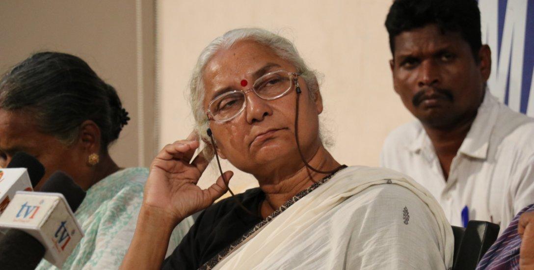 """``கார்ப்பரேட்கள் போல போராளிகளும் ஒன்றிணைய வேண்டும்!"""" - மேதா பட்கர் #VikatanExclusive"""