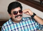 ''பிக்பாஸில் பங்கேற்கிறேன்... முருங்கைக்காயில் நடிக்கிறேன்!'' - 'பவர் ஸ்டார்' ஸ்ரீனிவாசன் #VikatanExclusive