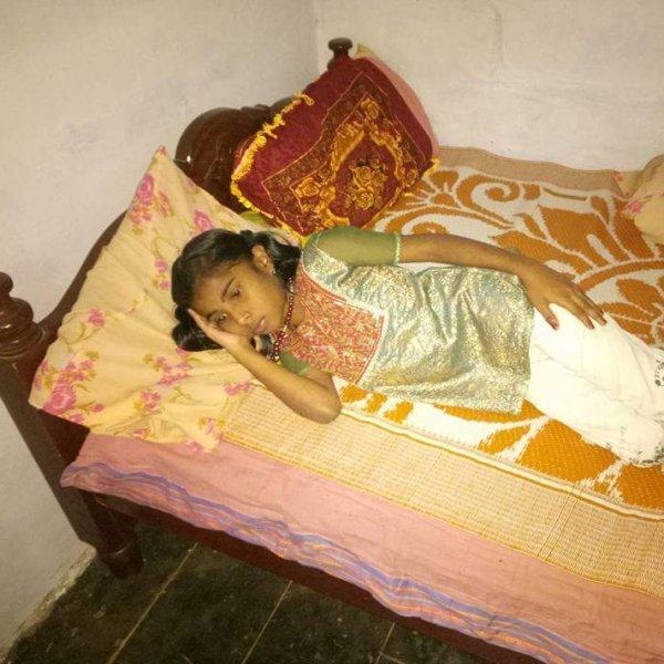 சிறுநீரக செயலிழப்பால் உயிருக்குப் போராட்டம் 10 வயது சிறுமி..! உதவிக்கு ஏங்கும் பெற்றோர்