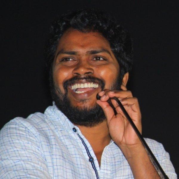 `ஃபேஸ்புக்கில் காலாவை லைவ் செய்ததற்கு நன்றி!' - கலகலத்த இரஞ்சித் #Kaala