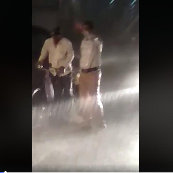 'ரெயின்கோட் அணிய நேரமில்லை' - கொட்டும் மழையில் காவலரின் 2 மணி நேர பணி #ViralVideo