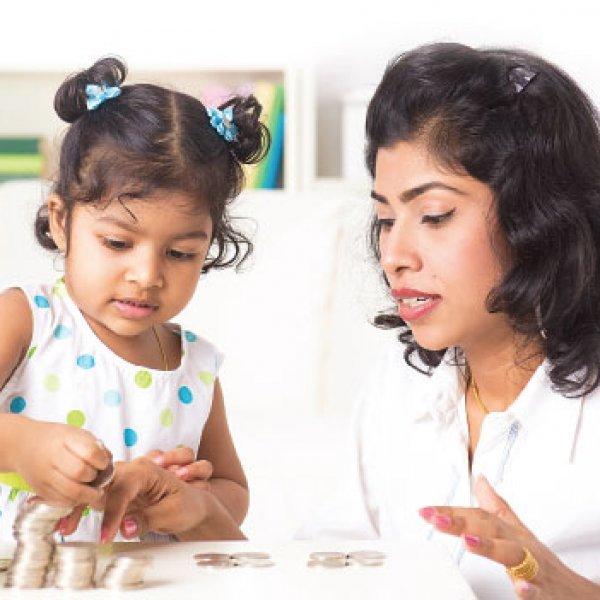 500 முதல் 1,000 ரூபாய் வரை சேமிக்க நினைக்கும் பெண்களுக்கான சேமிப்பு ஆலோசனைகள்! #Savings