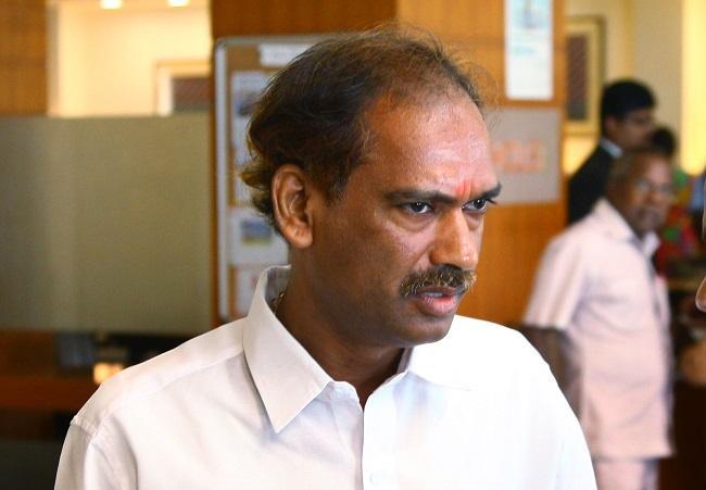 சாமிநாதன்