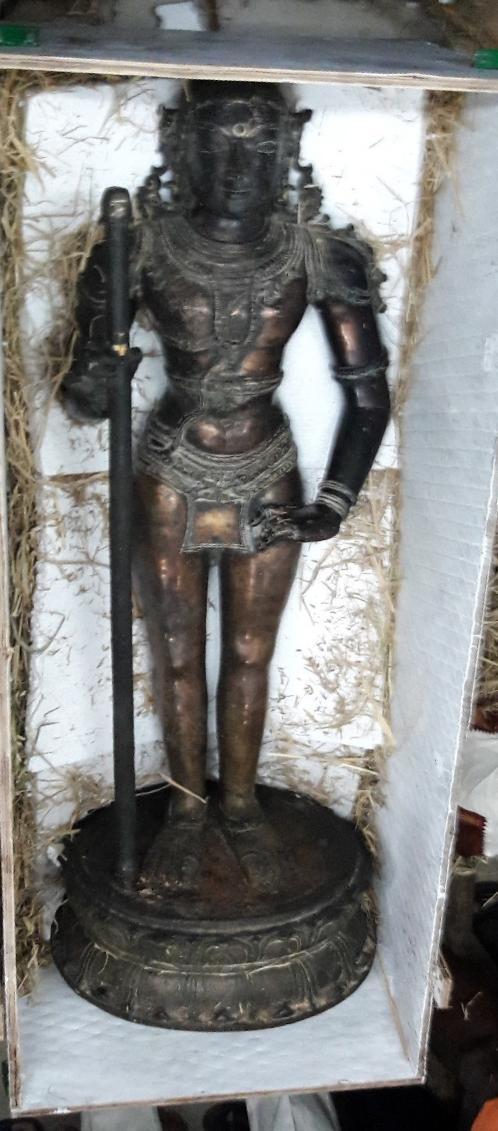 பழனி முருகன் சிலை